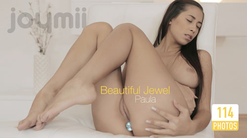 "Paula S ""Beautiful Jewel"""