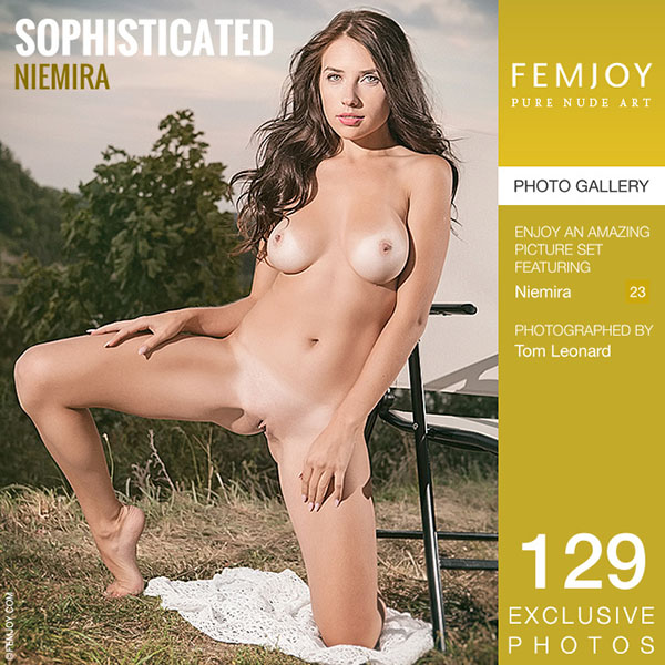 "1449901183_all-ero-3683 Niemira ""Sophisticated"""