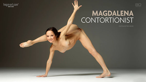 """1456039421_all-ero-0173-2 Magdalena in """"Contortionist"""" by Petter Hegre"""