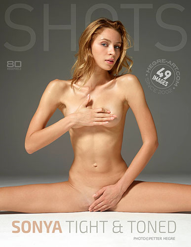 """Sonya in """"Tight and Toned"""" by Petter Hrgre"""
