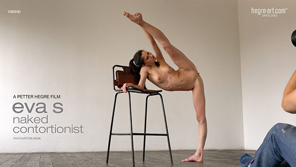 """Eva S """"Sexy Naked Contortionist"""""""