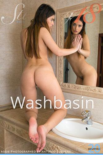 """Aggie """"Washbasin"""""""
