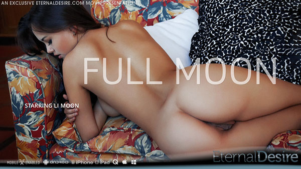 "Li Moon ""Full Moon"""