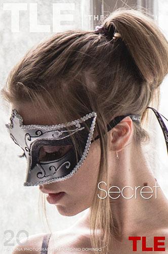 """Mia Luna """"Secret"""""""