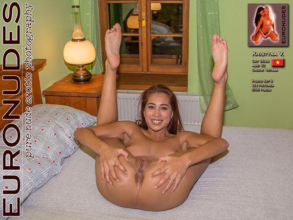 Kristyna V Photo Set 03
