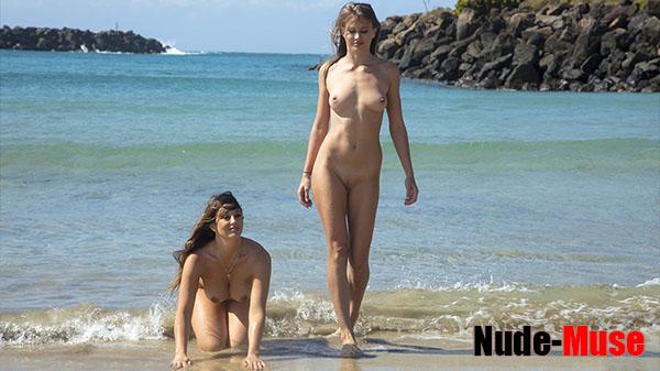 """Elly & Scarlett Morgan """"Nude Swim"""""""