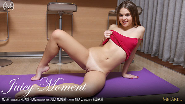 "Nika O ""Juicy Moment"""