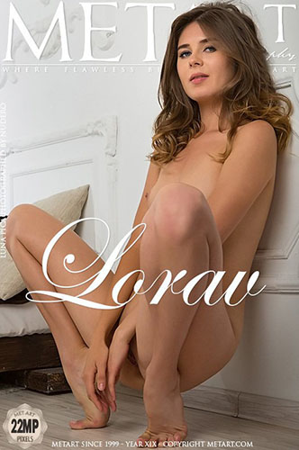 "Luna Pica ""Lorav"""