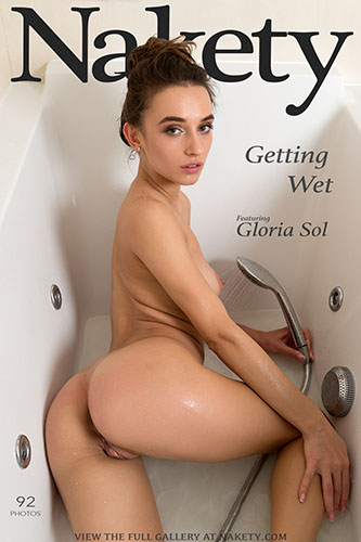 "Gloria Sol ""Getting Wet"""