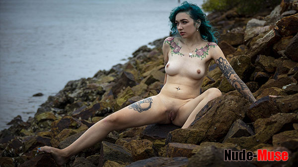 """Lillith Rose """"Water View"""""""
