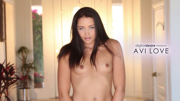 Avi Love Video 440026