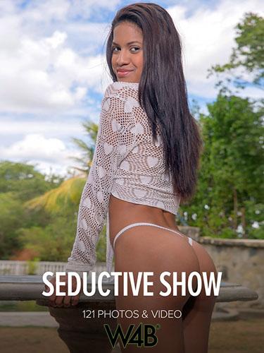 "Penellope ""Seductive Show"""
