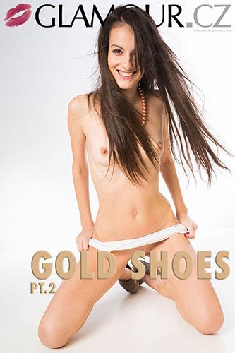 """Denisa """"Gold Shoes Pt.2"""""""