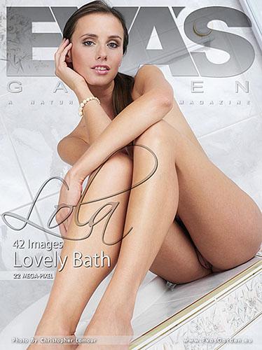 """Lola """"Lovely Bath"""""""