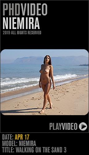 "Niemira ""Walking On The Sand 3"""