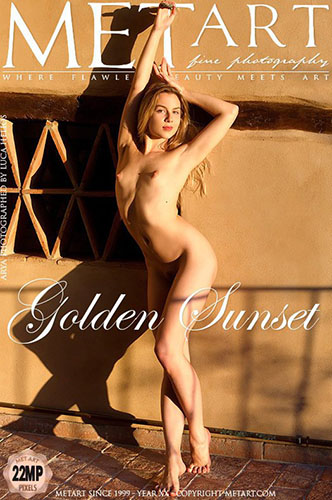 "Arya ""Golden Sunset"""