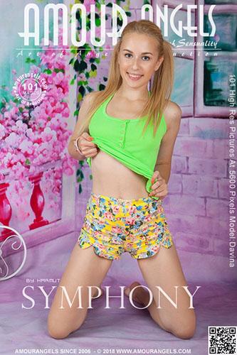 """Davina """"Symphony"""""""