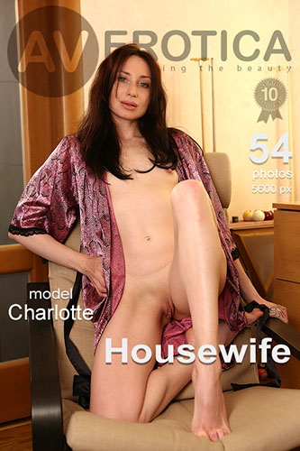 "Charlotte ""Housewife"""