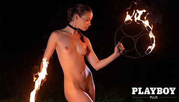 "Elilith Noir ""Playing with Fire"""