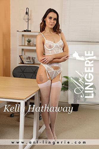 Kelly Hathaway Photo Set 9777