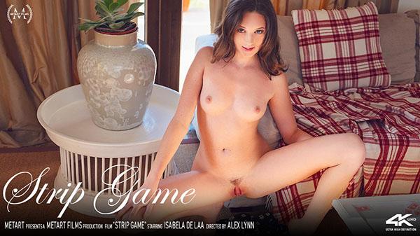 """Isabela De Laa """"Strip Game"""""""